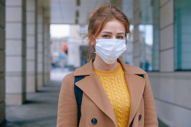 Maseczki ochronne – rzecz niezbędna w czasach panującego wirusa i nie tylko
