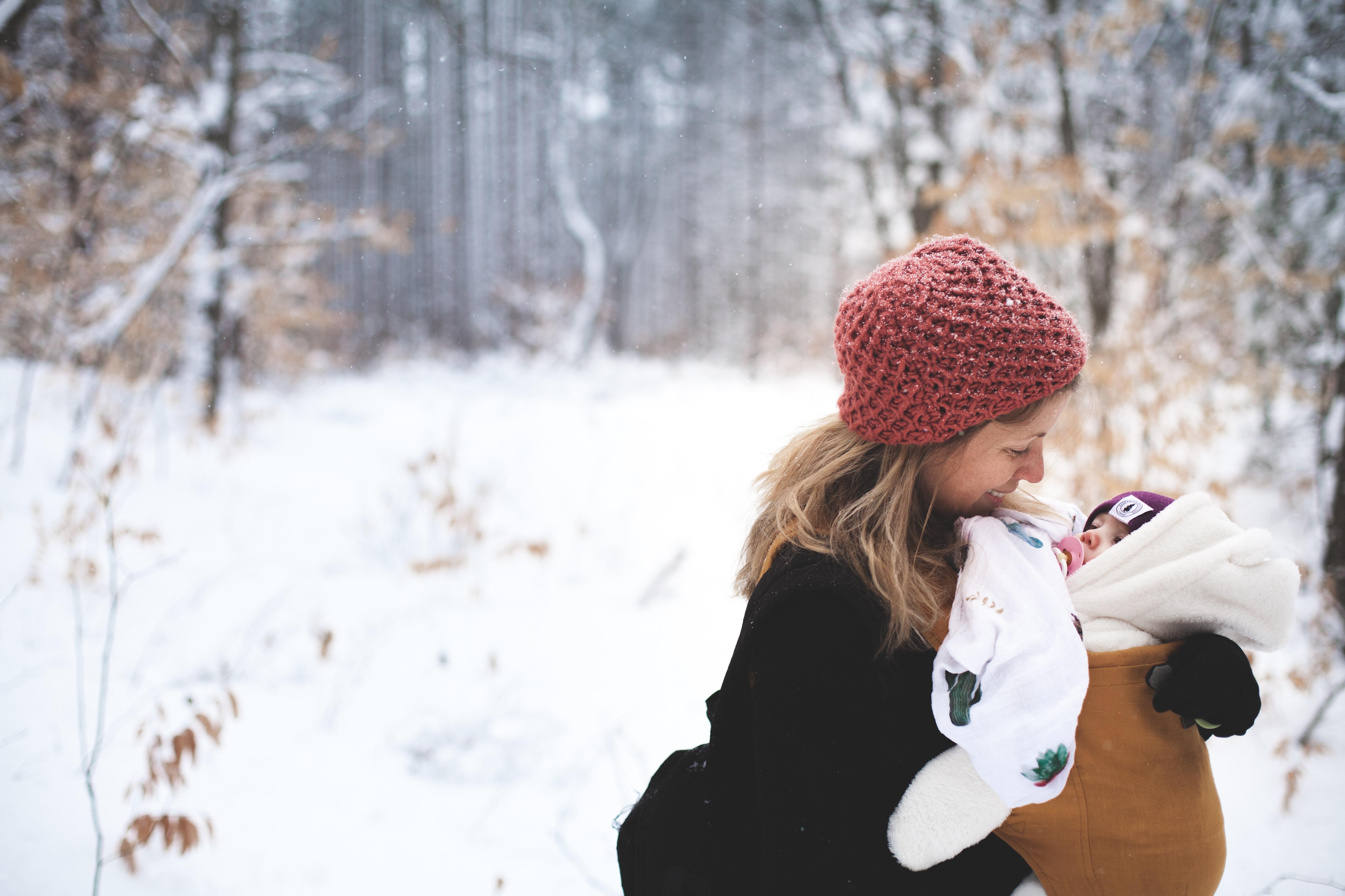 Tanie kurtki zimowe dla dzieci – modne kurtki na każdą kieszeń
